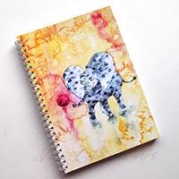 Labdázó pöttyös elefántok